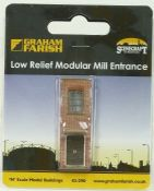 Farish 42290 Low Relief Modular Mill Entrance